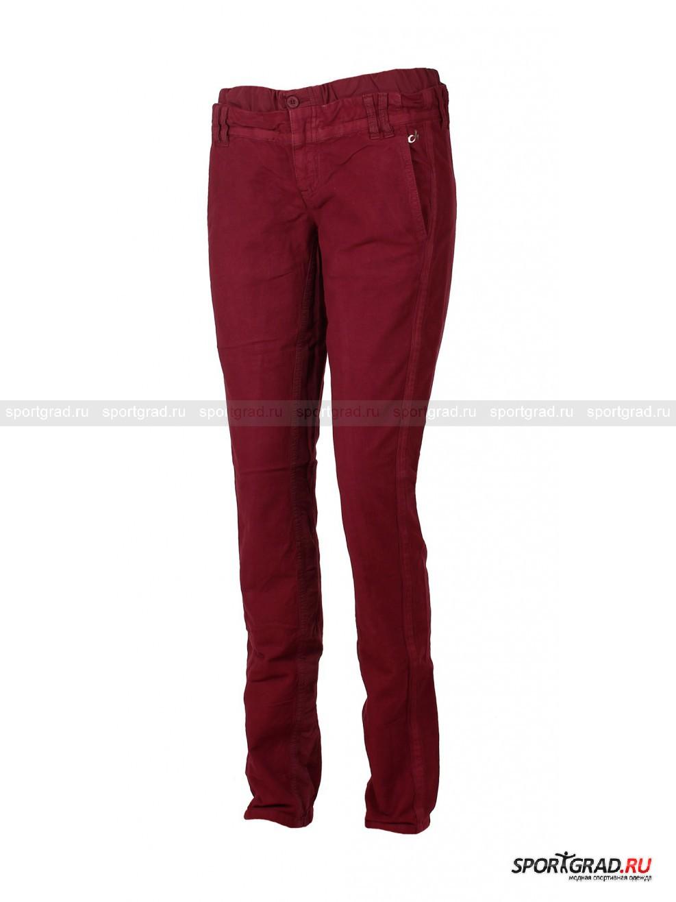 Брюки женские DEHAБрюки<br>Женские брюки DEHA - незаменимая вещь для модниц большого города, когда в приоритете не только модные и красивые, но еще и комфортные вещи. Брюки с заниженной линией талии имеют очень сложный и оригинальный крой. По линии талии проходит вставка из хлопка. Имеется два лаконичных боковых кармана, сзади брюки украшены двумя накладными карманами, которые застегиваются на металлические молнии. Над левым боковым карманом нанесено серебристое напыление в виде логотипа марки. Брючины слегка занижены к низу. С внутренней стороны брючины сделана вставка из чистого хлопка, по внешней стороне проходит тесьма в тон.<br><br>Пол: Женский<br>Возраст: Взрослый<br>Тип: Брюки<br>Состав: Основная ткань 98 % хлопок, 2% эластан; вставки 100 % хлопок.