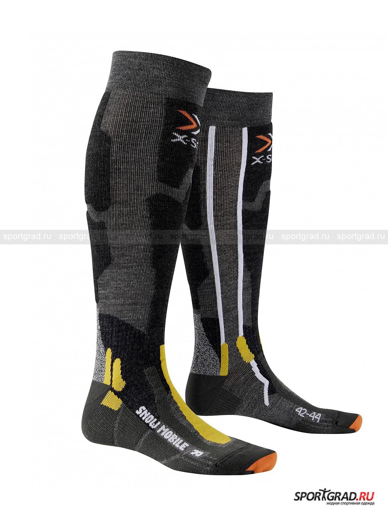 Носки унисекс SNOW MOBILE X-SOCKSНоски<br>Носки унисекс SNOW MOBILE X-SOCKS подойдут для любителей катания на снегоходах. Высокие носки с саморегулирующейся манжетой надежно защищают и согревают благодаря содержанию в составе мериносовой шерсти, которая отличается своей мягкостью, эластичностью и износостойкостью. Специальные протекторы защищают пятки и кончики пальцев от ударов и натираний. Крестовинная накладка на лодыжку обеспечивают связкам и сухожилиям поддержку без ограничения подвижности. Стопа анатомической формы и канал вентиляции  осуществляет выведение теплого и влажного воздуха, так что ноги всегда сохраняют свежесть. Антибактериальное волокно предотвращает распространение бактерий и неприятного запаха.<br><br>Возраст: Взрослый<br>Тип: Носки<br>Рекомендации по уходу: Деликатная стирка при 40С, Без отбеливателя, запрещено:гладить, химчистка, сушка В стиральной машине.<br>Состав: 36% акрил, 23% нейлон, 16% шерсть мериноса, 12% полипропилен, 8% полиэстер, 3% эластан