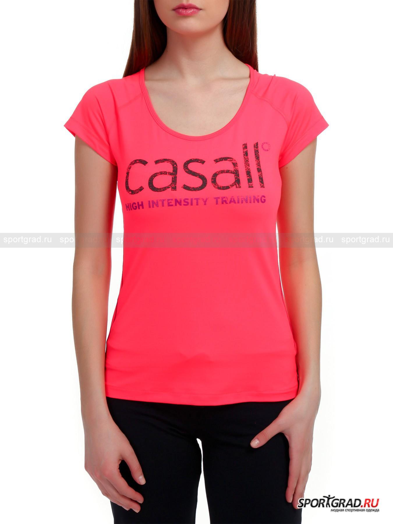 Футболка женская эластичная Unit Tee CASALL для фитнесаФутболки<br>Сочная женская футболка Unit Tee CASALL для насыщенных впечатлений от занятий и высокоинтенсивных тренировок, о чем гласит надпись с эффектом модной истертости на груди, выполнена из мягкого эластичного материала, приятного в прикосновении, как хлопок.  Растяжимое во всех направлениях функциональное полотно и рукава фасона реглан гарантируют раскованность движений на тренировках. Полуприлегающий крой, в свою очередь, удобен тем, что полотно не настаивает на обрисовывании фигуры, за счет чего оно помогает скрыть некоторые изъяны фигуры, которые Вы и пришли в фитнес-зал подкорректировать. Боковые строчки ажурного шва, выполненного контрастной нитью, декорируют модель и укрепляют  ткань.<br><br> Длина рукава по внутреннему шву ок. 5 см, длина сзади по центру от горловины до низа 56 см, ширина груди 39 см, ширина по бедрам 45 см (размер 36).<br><br>Пол: Женский<br>Возраст: Взрослый<br>Тип: Футболки<br>Рекомендации по уходу: Изделию показана стирка при температуре 40°, глажка при температуре, не превышающей 110°, щадящая сушка и химчистка. Запрещено отбеливание.<br>Состав: 87% полиамид, 13% эластан
