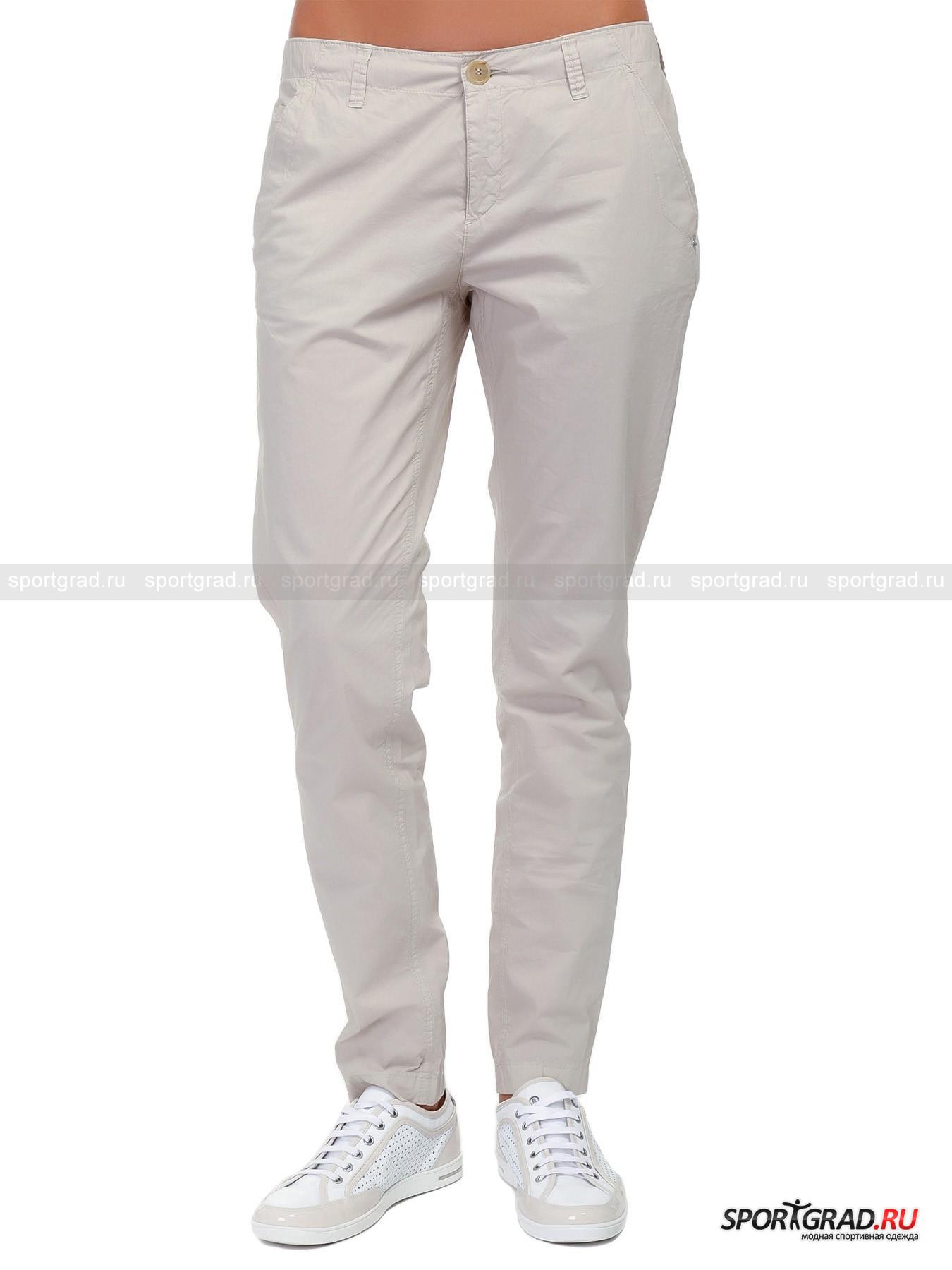 Брюки женские AZILA-G BOGNERБрюки<br>Лёгкие хлопковые брюки зауженного кроя от BOGNER выдержаны в довольно строгом стиле и способны сделать Вашу фигуру не только объектом восхищения мужчин, но и предметом зависти женщин. В них Ваши ножки будут выглядеть эффектно, к тому же такой крой не будет стеснять движений. Мягкая хлопковая ткань, из которой сшиты брюки, приятна телу, гипоаллергенна, к тому же в ней кожа может дышать.  Данная модель практически не имеет элементов декора, разве что стильную кожаную нашивку с металлическим логотипом BOGNER и двумя стразами. Сзади расположены 2 прорезных кармана, а спереди 2 кармана с косым входом и стильной отделкой входа. Миниатюрный кармашек на фирменной металлической кнопке спрятан внутри правого переднего и лишь слегка выглядывает. Модель также снабжена шлёвками для пояса и ширинкой на молнии. Брюки доступны в двух цветах: пастельном бежевом и насыщенным синем.<br><br>Пол: Женский<br>Возраст: Взрослый<br>Тип: Брюки<br>Рекомендации по уходу: Ручная стирка при 30 градусах, щадящий отжим, гладить при низкой температуре.<br>Состав: 98% хлопок; 2% полиуретан.