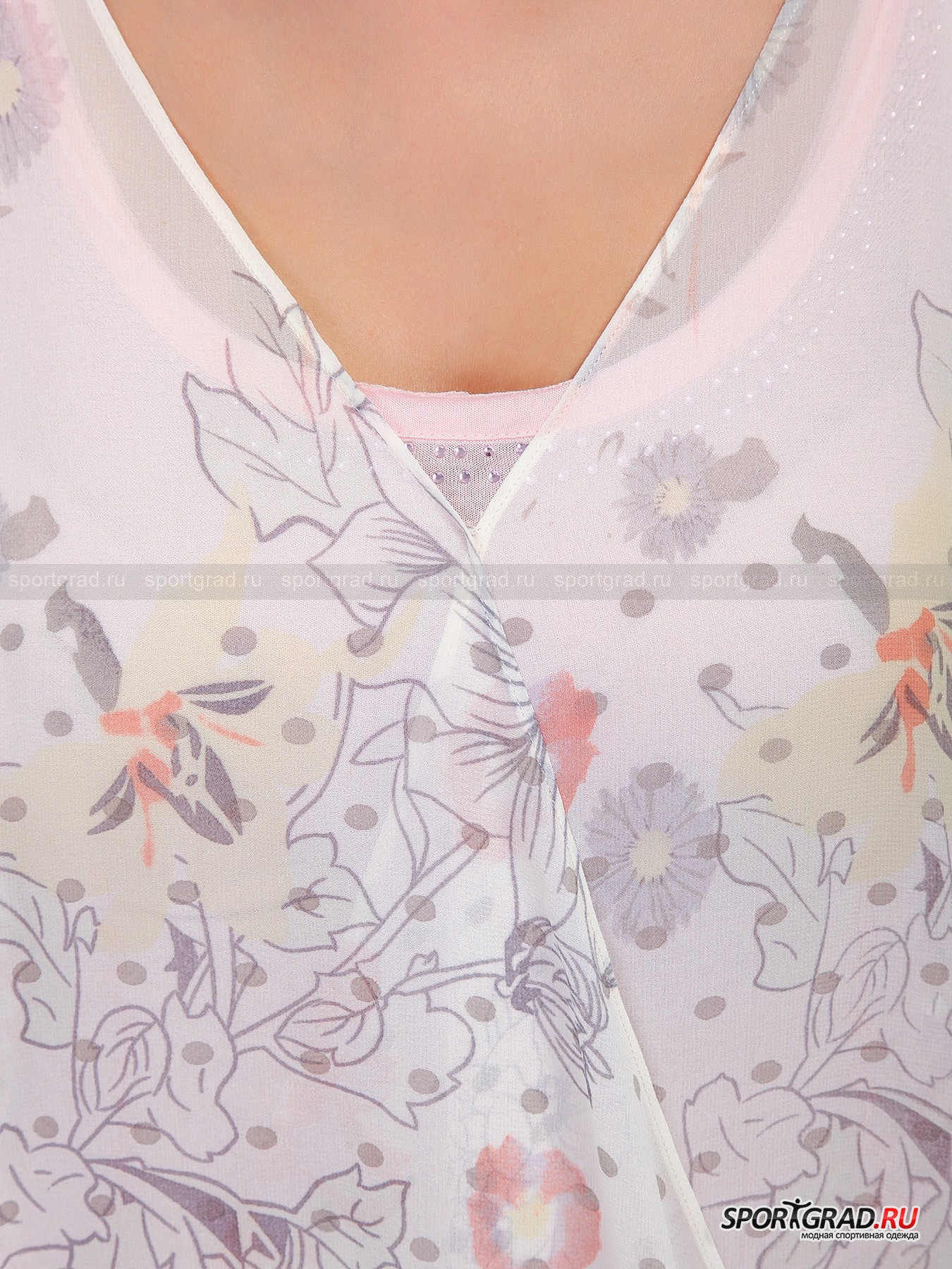 Комплект Juniper SPORTALM из шелковой блузки и облегающей майки от Спортград