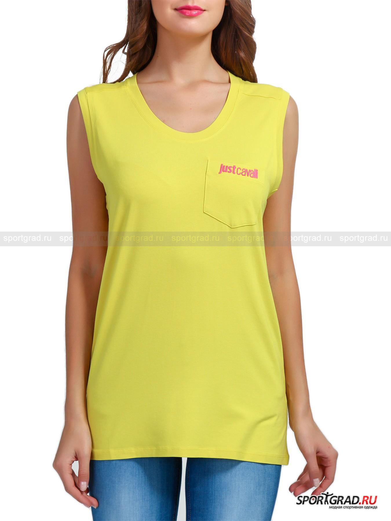 Майка-туника женская JUST CAVALLI с эффектом стрейчМайки<br>Горчично-желтая футболка-туника JUST CAVALLI без рукавов - модель с умышленно мужским кроем, который дизайнеры успешно уравновесили за счет типично женского штриха леденцово-розового цвета, выпукло изобразившего название бренда поверх накладного кармана.<br><br>Выглядящее так, будто оно велико Вам, изделие задумано подчеркнуть через эффект контраста хрупкость Вашей фигуры. Упругое стрейчевое полотно из смеси дышащей вискозы и эластана позаботится о том, чтобы кожа в такой футболке чувствовала себя превосходно, а раскованности движений ничто не мешало.<br><br>Пол: Женский<br>Возраст: Взрослый<br>Тип: Майки<br>Рекомендации по уходу: Изделию показана стирка при температуре строго 30°, глажка при температуре, не превышающей 110°, и щадящая химчистка. Запрещены отбеливание и сушка в стиральной машине или электросушилке для белья.<br>Состав: 96% вискоза, 4% эластан