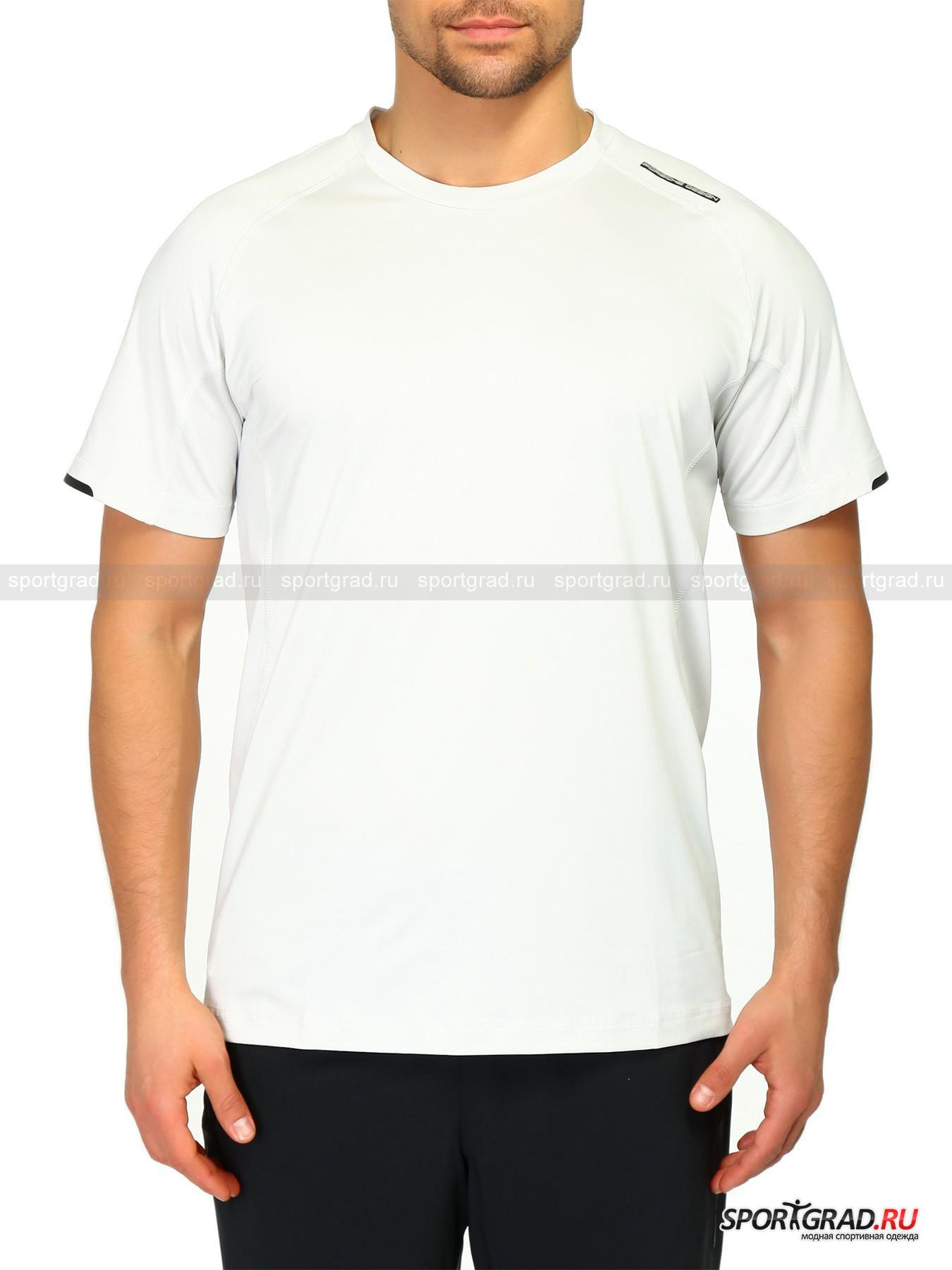 Футболка мужская M Active Tee PORSCHE DESIGNФутболки<br>Универсальная спортивная модель от PORSCHE DESIGN SPORT. В этой футболке можно будет как с комфортом тренироваться или путешествовать, так и использовать в качестве вещи повседневного гардероба. Она выполнена из лёгкой влагоотводящей ткани и дополнена вставками из быстросохнущей функциональной ткани CoolBest II, обеспечивающей усиленную вентиляцию и интенсивное потоотведение. <br>Футболка имеет:<br>- сложный анатомический крой<br>- рукава типа реглан;<br>- сглаженные антиабразивные швы;<br>- стильные принты на рукавах и спине;<br>- особую мягкую отделку горловины.<br><br>Пол: Мужской<br>Возраст: Взрослый<br>Тип: Футболки<br>Рекомендации по уходу: Деликатная ручная стирка при температуре 30 градусов, щадящий ручной отжим, гладить при температуре до 110 градусов.<br>Состав: Основа: 91% полиэстер, 9% эластан; вставки: 100% полиэстер.
