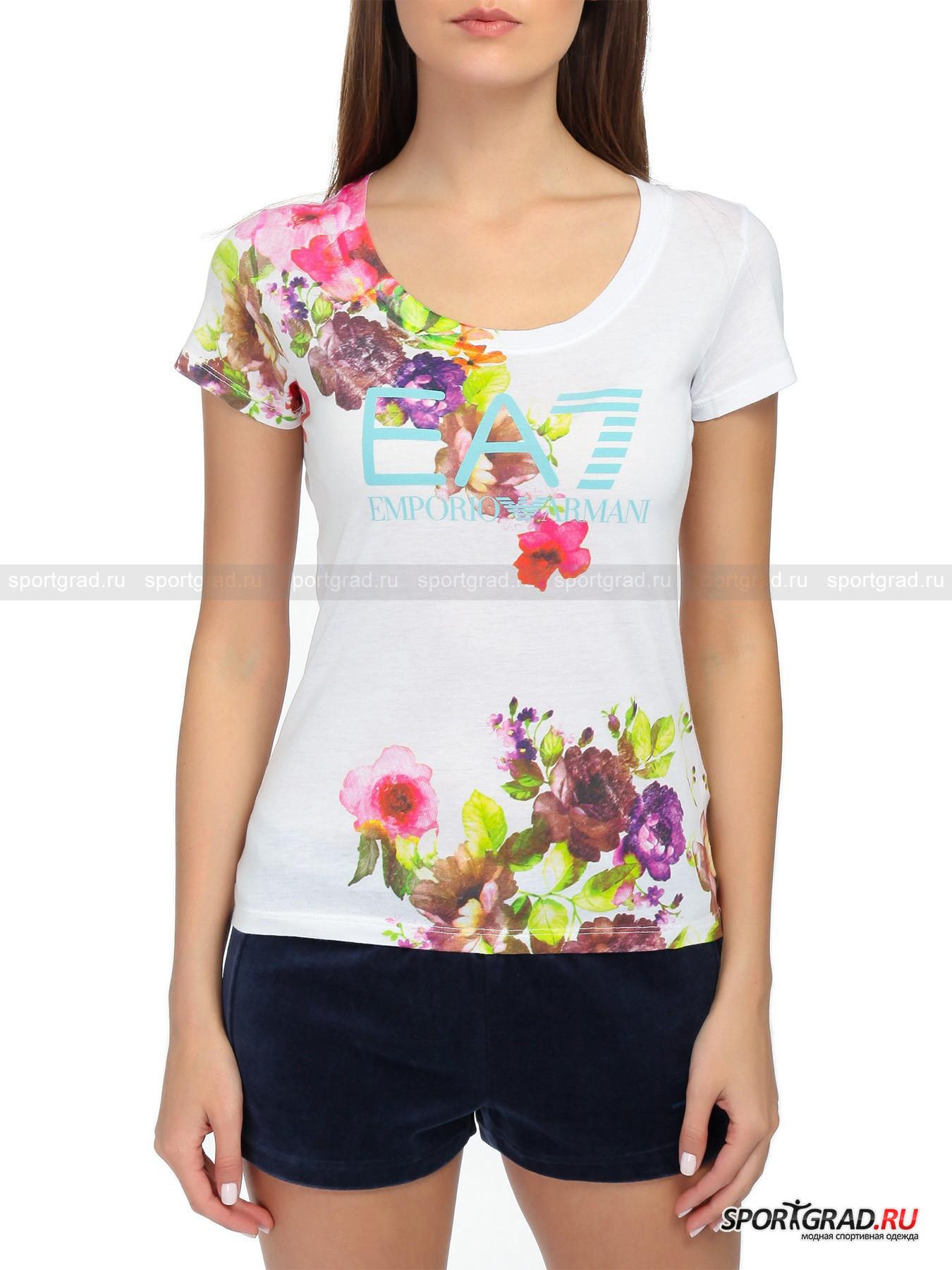 Футболка женская EMPORIO ARMANI TRAIN GRAPH FLOWФутболки<br>Не смотря на обилие строгих дизайнов одежды, EMPORIO ARMANI не забывает и про модели, которые бы дарили своим счастливым обладательницам хорошее настроение. Ведь даже обыкновенного позитивного принта на футболке может хватить, чтобы улыбка как можно реже сходила с уст.  TRAIN GRAPH FLOW помимо своего оригинального оформления отличается классическим силуэтом футболки направления streetwear. При этом она относится к спортивной линии итальянского бренда под названием EA7, а значит, она актуальна для всех поклонниц активного отдыха и подвижного образа жизни.<br><br>•Глубокий круглый вырез ворота<br>•Винтажный вид<br>•Принт с изображением цветов<br>•Фирменный логотип компании<br><br>Пол: Женский<br>Возраст: Взрослый<br>Тип: Футболки<br>Рекомендации по уходу: Стирка при температуре 30 С. Не отбеливать. Сушка в барабане запрещена. Не гладить. Не подвергать химчистке. Стирать, вывернув наизнанку.<br>Состав: 50% модал/50% хлопок.