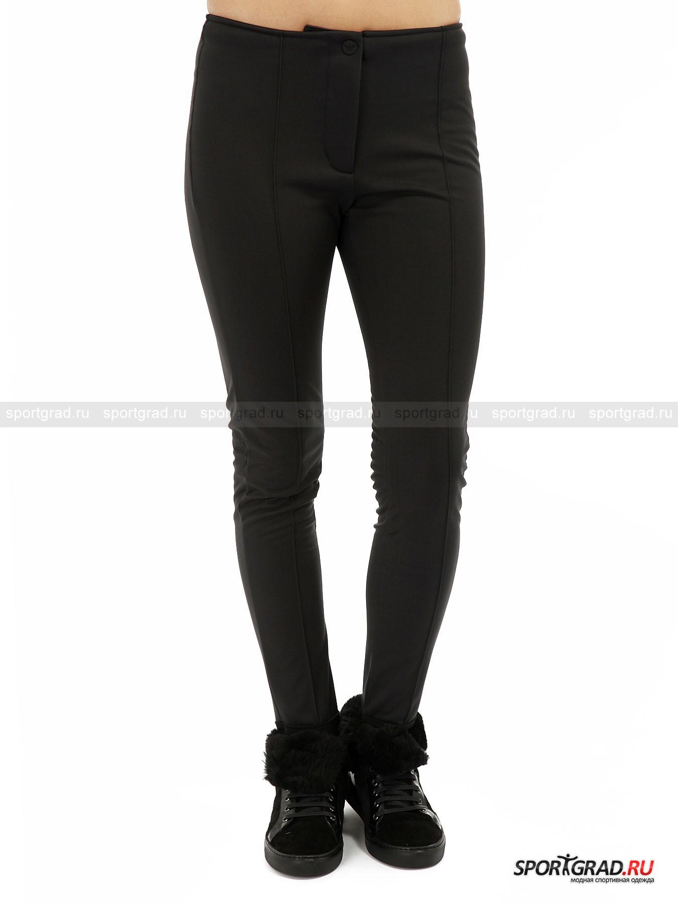Брюки женские горнолыжные  Ski W-leggings EA7 EMPORIO ARMANIБрюки<br>Прекрасные брюки Ski W-leggings EA7 Emporio Armani относятся к горнолыжной коллекции марки, но их внешний вид не выдает спортивного характера – такая модель пригодится и в черте города для долгих прогулок зимними днями.<br><br>Штаны сделаны из прочной эластичной ткани, рассчитанной на защиту от осадков. За утепление отвечает флисовая подкладка с изнаночной стороны. Брюки превосходно сидят, подчеркивая фигуру.<br><br>Особенности модели:<br>- застежка-молния, кнопка и крючок;<br>- вертикальные рельефы вдоль штанин;<br>- петли для фиксирования на ступнях;<br>- фирменный логотип бренда.<br><br>Пол: Женский<br>Возраст: Взрослый<br>Тип: Брюки<br>Рекомендации по уходу: деликатная стирка при температуре до 30 С; нельзя отбеливать, гладить, подвергать химической чистке, сушить в стиральной машине<br>Состав: 83% полиэстер, 17% полиуретан