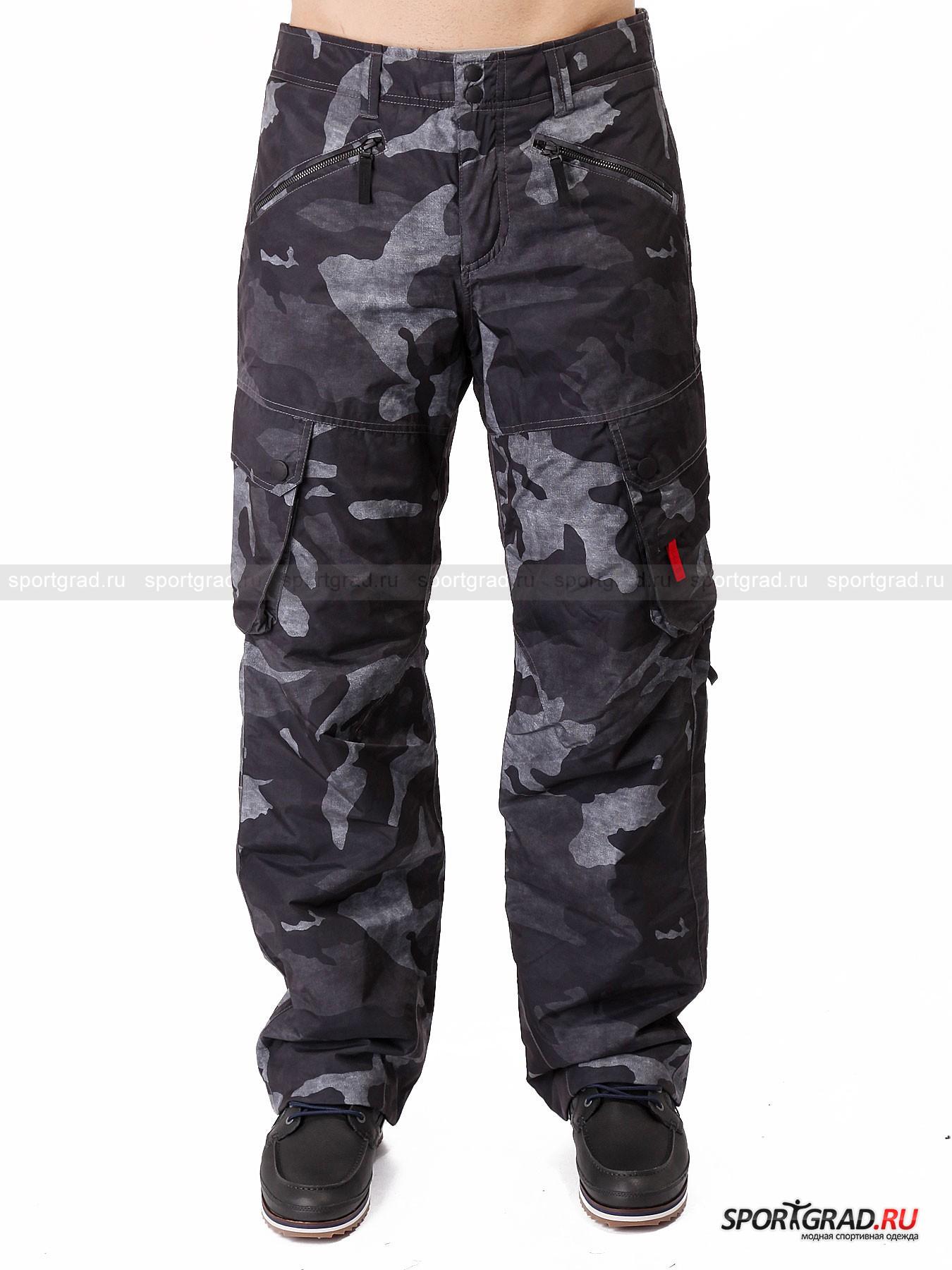 Брюки мужские горнолыжные Clas FIRE&amp;ICEБрюки<br>Одежда немецкой марки Bogner Fire+Ice отличается стильным эксклюзивным дизайном и великолепным качеством материалов и покроя. Относится это не только к «городской» линейке, но также к коллекции для горнолыжного спорта, и представленные на этой странице брюки Clas тому подтверждение. <br><br>Штаны по всей поверхности имеют модный «камуфляжный» принт, выполненный в нестандартных для такого рисунка черно-серых цветах. Широкий прямой крой штанин гарантирует комфорт  и полную свободу движений. Брюки защищают от воды и ветра и прекрасно удерживают тепло тела.<br><br>Особенности модели:<br>- влагоудержание 10000 мм водяного столба;<br>- возхдухопроницаемость 10000 г/км. м/24 часа;<br>- накладные карманы-карго на штанинах;<br>- спереди еще два кармана на молниях, а сзади два на кнопках;<br>- петли для ремня;<br>- застежка-молния и две кнопки;<br>- снегозащитные манжеты и молния внизу штанин.<br><br>Пол: Мужской<br>Возраст: Взрослый<br>Тип: Брюки<br>Рекомендации по уходу: деликатная стирка до 30 С; не отбеливать; гладить при температуре до 110 С; щадящая химическая чистка; нельзя сушить в стиральной машине<br>Состав: 100% полиамид; наполнитель 100% полиэстер