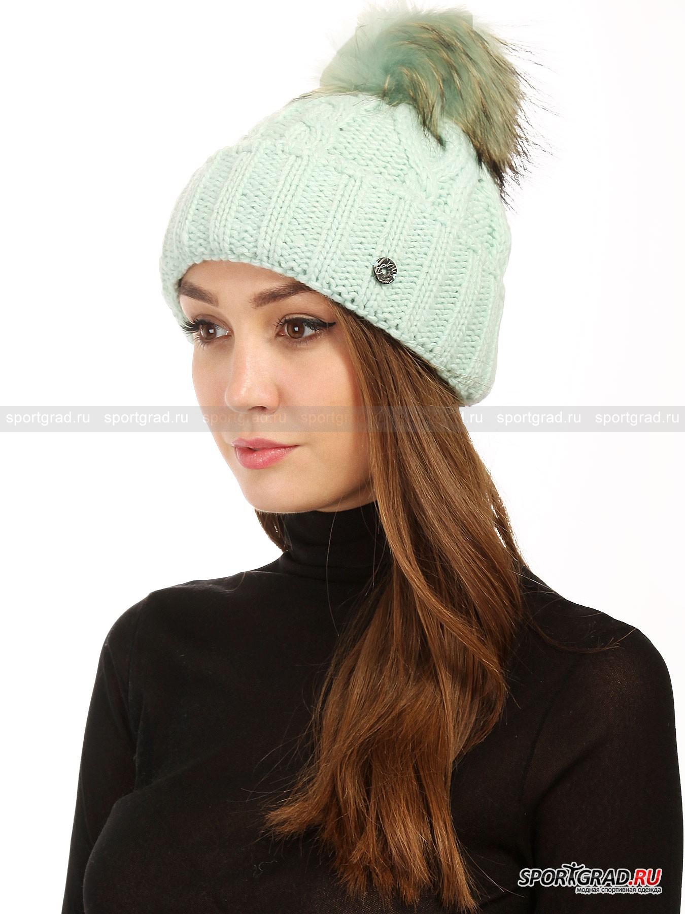 Шапка женская Baden NC SPORTALMГоловные Уборы<br>Зимняя шапка – важный аксессуар, способный задать настроение всему образу, поэтому выбирать ее нужно с особенной тщательностью. Решив купить изделие от Sportalm, вы точно не пожалеете, ведь эта австрийская марка сочетает в своих аксессуарах отличное качество, высокий уровень комфорта и изысканный внешний вид.<br><br>Уютная шапка Baden NC Sportalm является одним из самых теплых головных уборов в линейке этого года. Объемная модель крупной вязки сделана из пряжи, сочетающей в себе акриловые  и шерстяные нити. В районе ушей с изнанки имеется полоска из флиса для лучшей защиты от холода и ветра. <br><br>Особенности модели:<br>- отворот;<br>- помпон из натурального меха енота, пристегивающийся с помощью кнопки;<br>- фирменная нашивка с эмблемой коллекции.<br><br>Пол: Женский<br>Возраст: Взрослый<br>Тип: Головные Уборы<br>Рекомендации по уходу: ручная стирка; нельзя гладить, отбеливать, сушить в стиральной машине, подвергать химической чистке<br>Состав: основной материал 70% полиакрил, 30% шерсть; подкладка 100% полиэстер; помпон 100% мех финского енота
