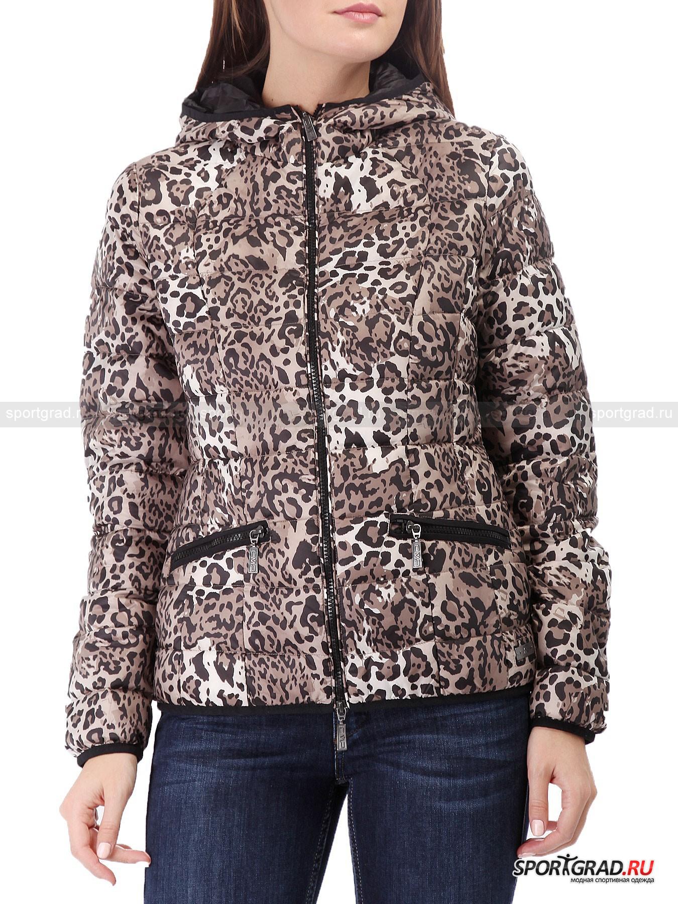 Куртка женская CAMPAGNOLOПуховики<br>В этом сезоне модные тенденции велят каждой девушке хотя бы немного походить на дикую кошку – «хищные» расцветки являются одной из главных тем во многих коллекциях именитых дизайнеров. Бренд Campagnolo (CMP) не стал исключением, выпустив куртки, толстовки, жилеты и другие предметы гардероба, украшенные принтом, имитирующим шкуру животного.<br><br>Прекрасная пуховая куртка CMP – легкая, тонкая, теплая и красивая – займет достойное место в шкафу любой девушки, интересующейся модой, и станет превосходным выбором для холодного времени года. <br><br>Особенности модели:<br>- фронтальная молния с двумя бегунками;<br>- два кармана;<br>- капюшон;<br>- петля для подвешивания.<br><br>Пол: Женский<br>Возраст: Взрослый<br>Тип: Пуховики<br>Рекомендации по уходу: деликатная стирка при температуре до 30 С; влажная химическая чистка: нельзя отбеливать, гладить; можно сушить в стиральной машине при низкой температуре<br>Состав: 100% полиэстер; наполнитель 90% пух, 10% перо