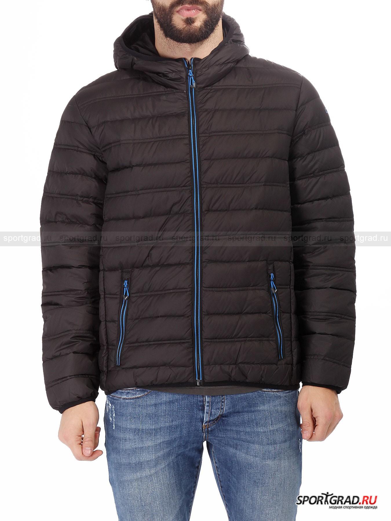 Куртка мужская CAMPAGNOLOПуховики<br>Пуховая куртка от CMP, представленная на этой странице, также как и все подобные модели бренда является уникальным продуктом, обладающим нетипичными для верхней одежды качествами. Куртка совершенно невесомая и такая тонкая, что ее можно компактно свернуть и уложить в специальный мешочек, который поставляется в комплекте. Но при этом она отлично справляется со своей главной задачей – согревать в период межсезонья и защищать от дождя и ветра. <br><br>Особенности модели:<br>- верхнее покрытие Teflon, отталкивающее воду и грязь;<br>- фронтальная молния;<br>- два внешних кармана на молнии;<br>- два внутренних кармана;<br>- контрастная синяя отделка;<br>- большой капюшон.<br><br>Пол: Мужской<br>Возраст: Взрослый<br>Тип: Пуховики<br>Рекомендации по уходу: деликатная стирка при температуре до 30 С; влажная химическая чистка: нельзя отбеливать, гладить; можно сушить в стиральной машине при низкой температуре<br>Состав: 100% полиэстер; наполнитель 90% пух, 10% перо